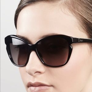 SIMPLY DIOR SUNGLASSES ✨